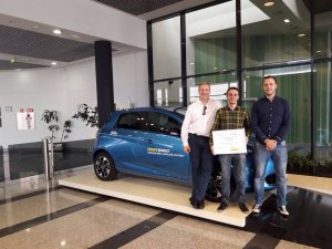 Premio Renault movilidad sostenible integrantes Parkifast